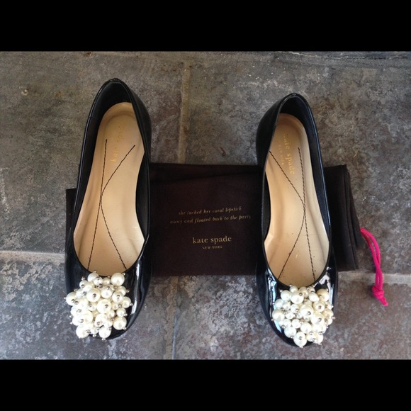 Kate Spade patten leather pearl detail warn 2x