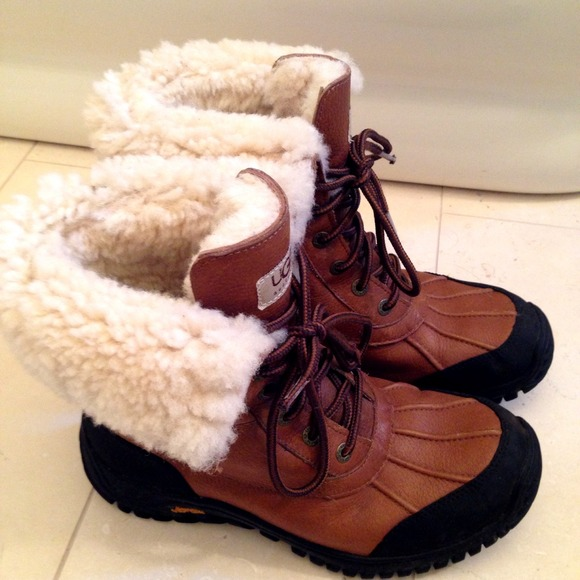 UGG 4792 ChaussuresUGG Chaussures | fb1addb - christopherbooneavalere.website