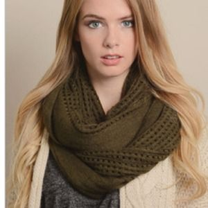 NIP Olive Open Grid Infinity Scarf
