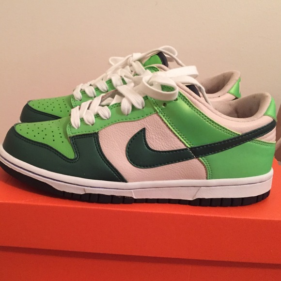 63 nike shoes on sale green and pink nike dunks