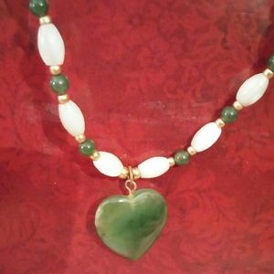 Jewelry - GORGEOUS CULTURED FRESHWATER PEARLS W/ GREEN JADE