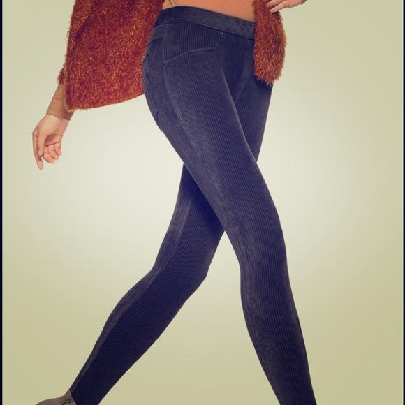 9ea96374467a6 HUE Pants | Wide Wale Corduroy Leggings Black | Poshmark