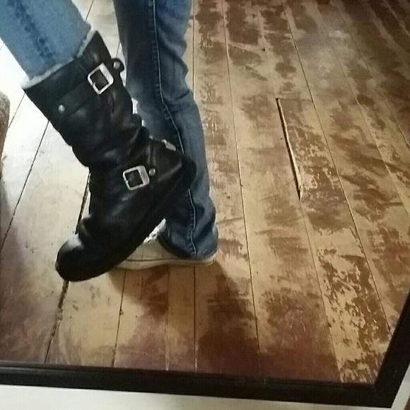 3ed9b2ee378 UGG kensington boots - make me an offer