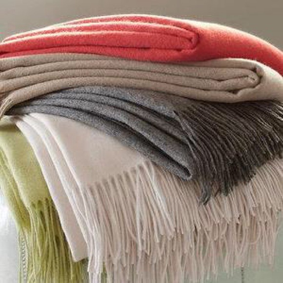 banana republic accessories banana republic 100 cashmere grey blanket throw - Cashmere Blanket