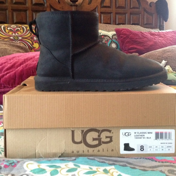 2624223867e Black leather UGG boots. Size 8. NWT