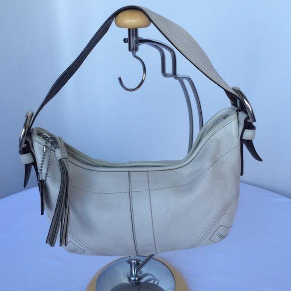 Coach Handbags - Vintage COACH White Leather Small Hobo Bag 41047e6745ba6