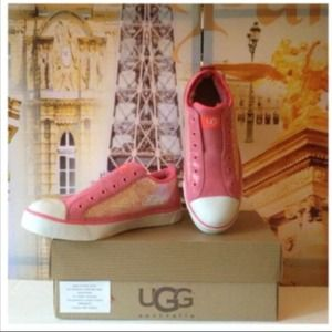 Authentic new in box UGG pink sparkle sneaker 6