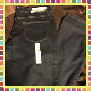 Demi Bootcut Jeans Mid Rise (Stretch) Size 8 Short