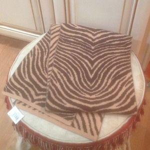Unisex Coach wool muffler/scarf