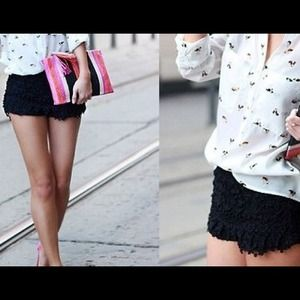 Zara crochet shorts (black)