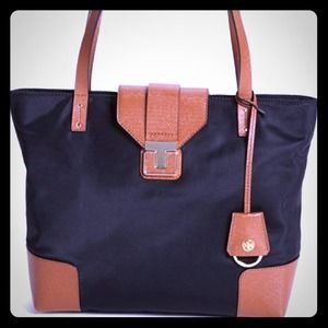 Tory burch penn mini tote.