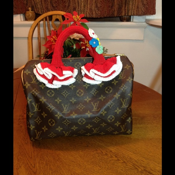 7f8e76a2997f Handmade Accessories - Crochet handle Cover for Louis Vuitton Speedy alma