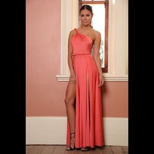Uptown Society Dresses - NWT ✨ CORAL VAMP DRESS