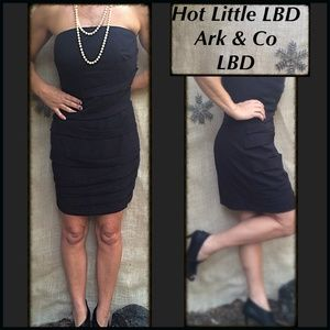 Hot LBD, w/ spandex lining, built in bra. szL