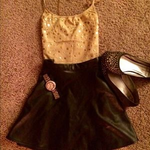 *MOVING SALE* VS gold beaded tank