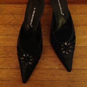 A. MARINELLI Shoes - BLACK POINTED TOE SLIDES w/ CRYSTAL EMBELLESHMENT
