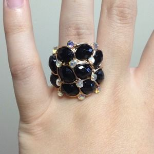 Jewelry - New Black bling cocktail ring