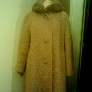 Jackets & Blazers - 1960s Wool Boucle Coat w/Mink Collar