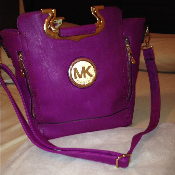 47e18f2aa3c6 Plum purple mk satchel michael kors bag. M 5476b3e30f6eb2154d03d018