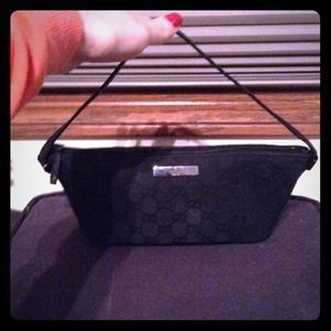 Gucci Handbags - Gucci purse **Authentic**
