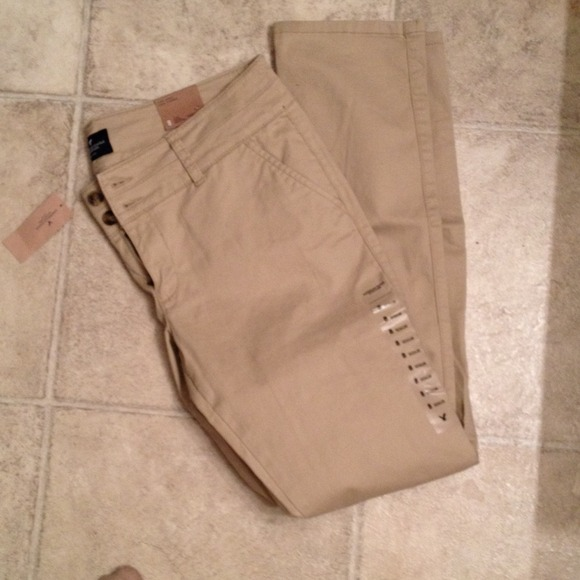 72647d2f016 American Eagle Outfitters Pants - American eagle women khakis. Not new any  more