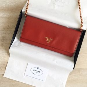Prada Clutches & Wallets - Authentic Prada Wallet on Chain