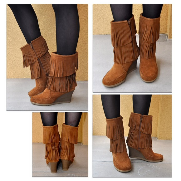 Minnetonka Calf High Double Fringe Boot. M 54789af90b1dfc73b40e13f4 b6dc9c6fe