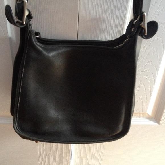 0b6adddb61916 Coach Bags | Vintage Legacy Hobo Shoulder Bag With Feet | Poshmark