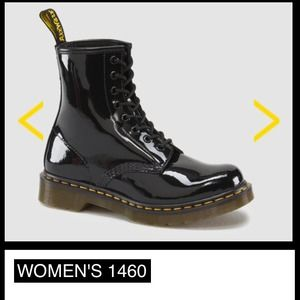 Black leather women doc martens SIZE 6