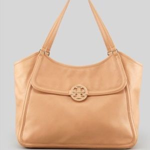 Tory Burch Amanda  Easy tote USE OFFER BUTTON