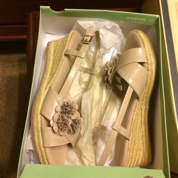 Naturalizer Shoes - new naturalizer wedges