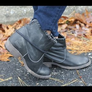 Coolway Genuine Leather Booties!