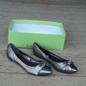 Seychelles Shoes - FLASH SALE!!! NWT Seychelles Flats w/ Knotted Bow