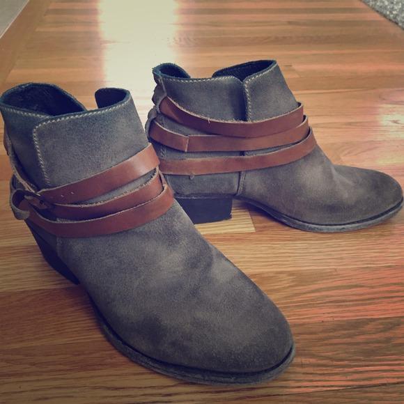 70% off H by Hudson Boots - H BY HUDSON Horrigan (Beige suede ...