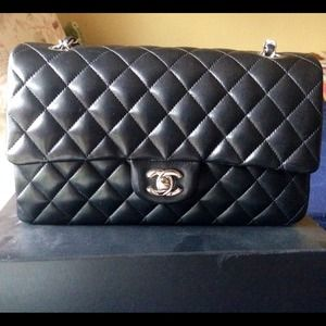 Chanel Medium Lambskin SHW