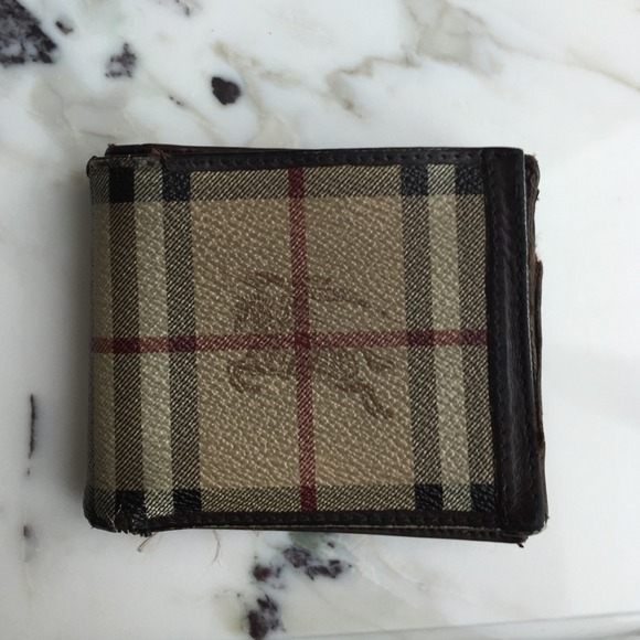 9812e008095b Burberry Other - AUTHENTIC BURBERRY WALLET FOR MEN