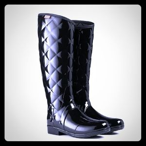 ISO HUNTER BLACK GLOSS QUILTED SIZE 8 LADIES