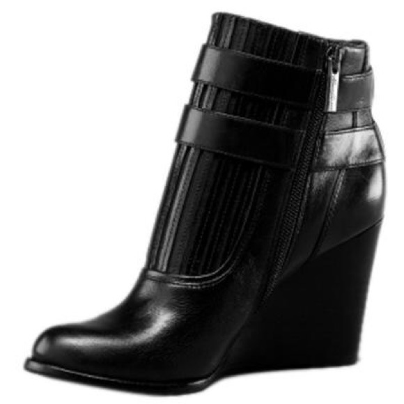 kenneth cole kenneth cole new york leather wedge booties