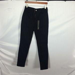 #12 black skinny jeans