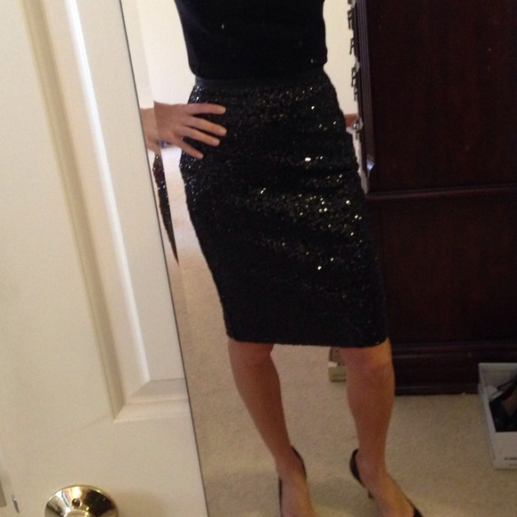 Black Sequin Pencil Skirt - Dress Ala