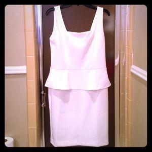 Gorgeous and fun white dress!