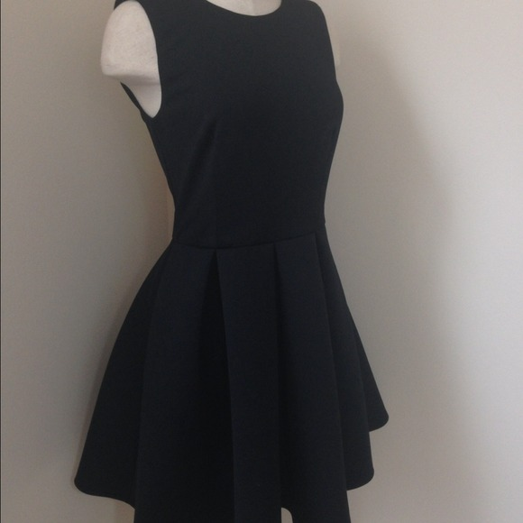 ASOS Dresses - {JUST 🔽}BNWT ASOS BONDED SKATER DRESS | size 6