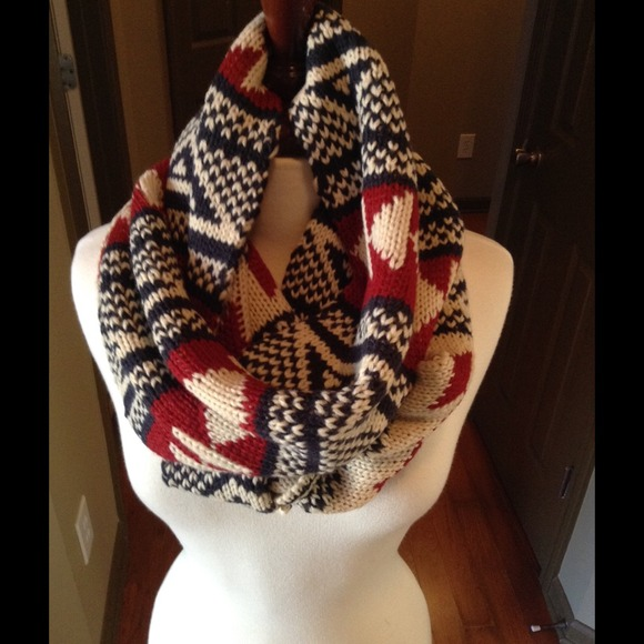 Accessories - Chunky knit tribal infinity scarf price firm