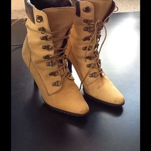 "✨ 3"" heel LACE UP Boots ✨"