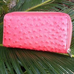 Zipper clutch wallet