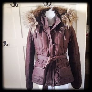 Quilted brown Abercrombie puffer coat parka