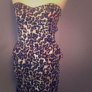 Necessary Objects Dresses & Skirts - Leopard print peplum dress