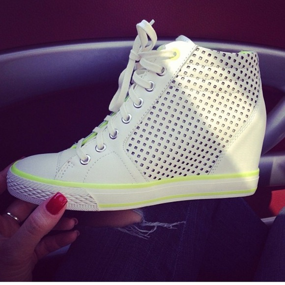 492f1cc685cc DKNY Shoes - Pre-loved DKNY CINDY WEDGE SNEAKER 💜