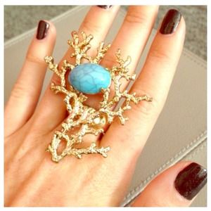 Jewelry - 🎉HP🎉Faux Gold & Turquoise Coral Branch Ring