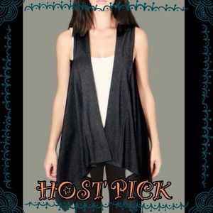 🎉HP 12/5/14 🎉NWOT🌹High quality Black vest 🌹